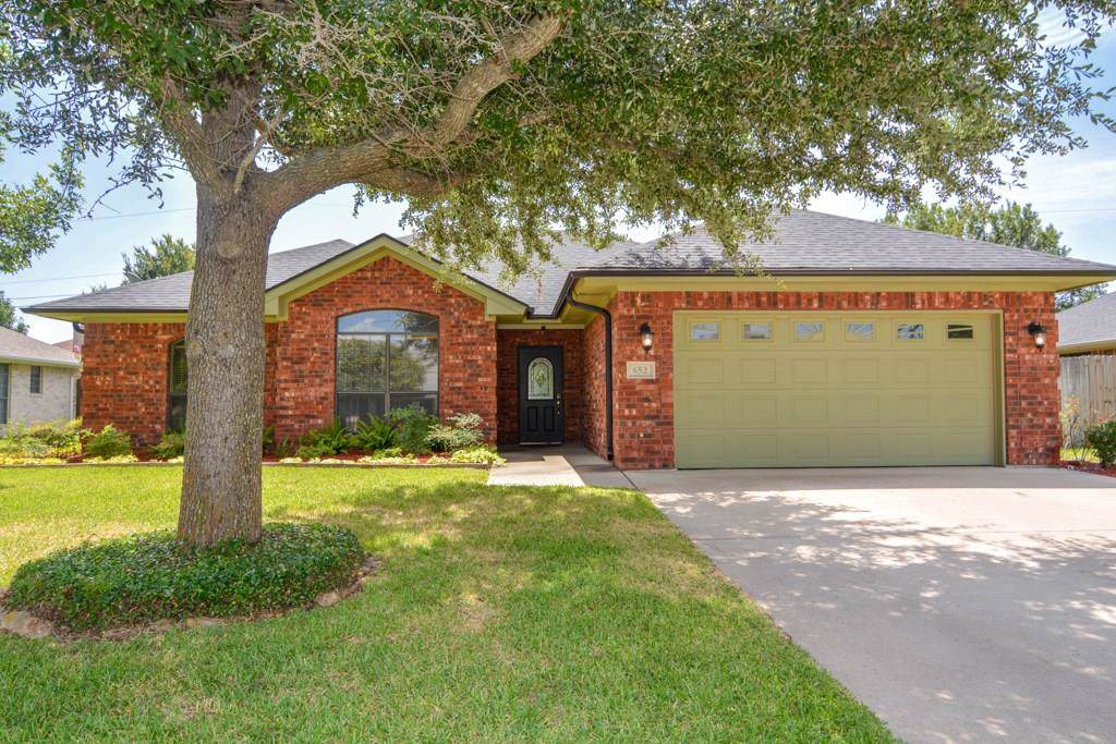 652 Bluebonnet Street - Photo 1