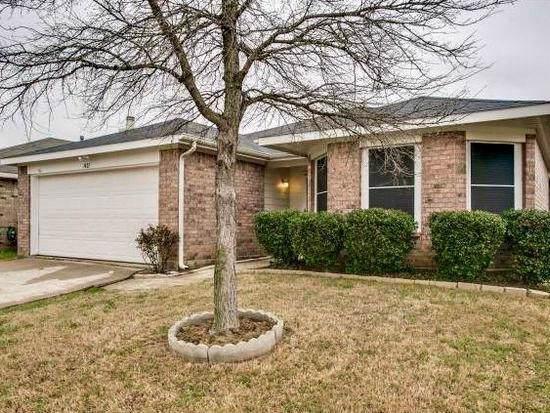 1421 Ridgecrest Drive, Little Elm, TX 75068 (MLS #14152847) :: Tenesha Lusk Realty Group