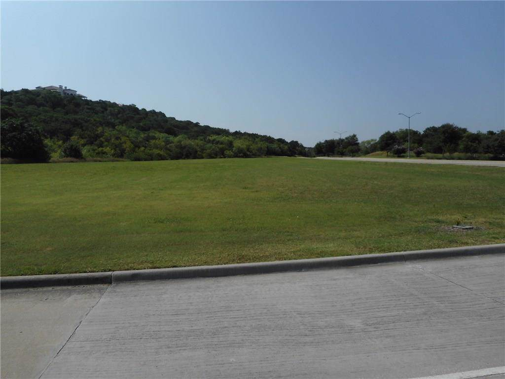 600 Lake Ridge Parkway - Photo 1