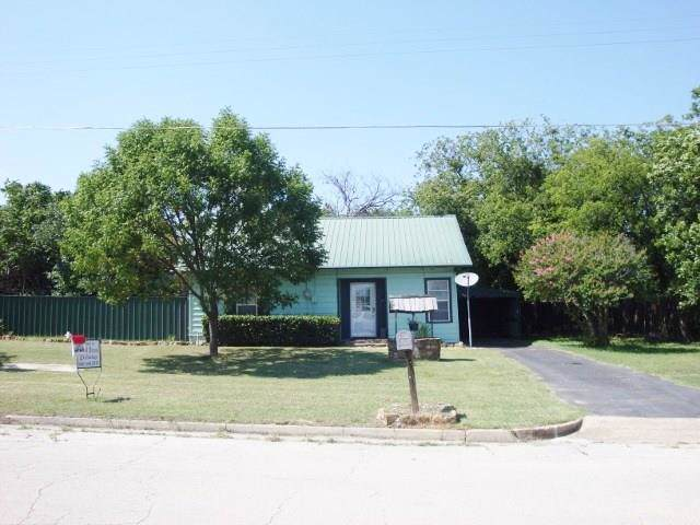 534 W Archer, Jacksboro, TX 76458 (MLS #14154136) :: The Tierny Jordan Network