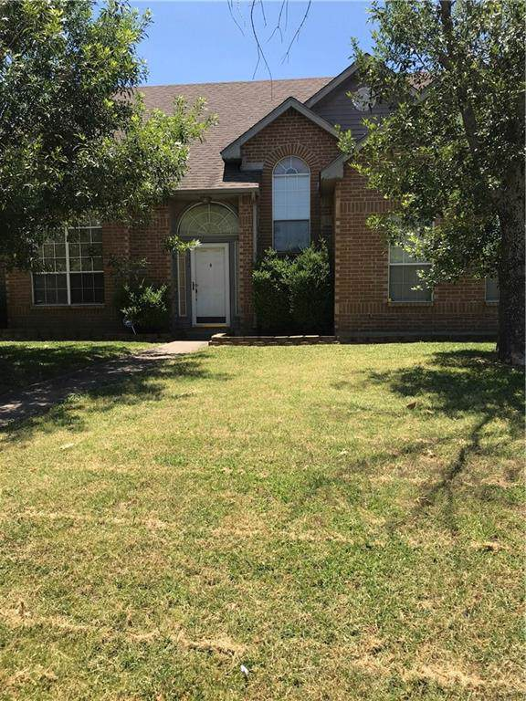 142 Wildwood Drive, Desoto, TX 75115 (MLS #14154880) :: The Hornburg Real Estate Group