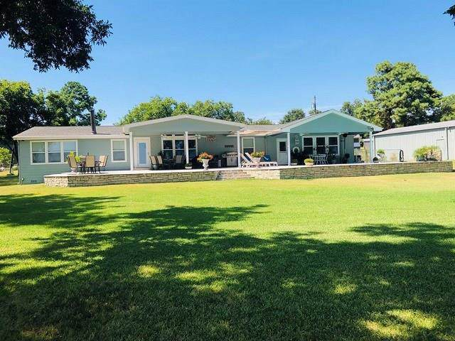350 Overlook Trail, Gun Barrel City, TX 75156 (MLS #14161987) :: Tenesha Lusk Realty Group