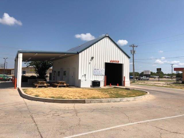 3375 Ambler Avenue, Abilene, TX 79603 (MLS #14162491) :: Hargrove Realty Group