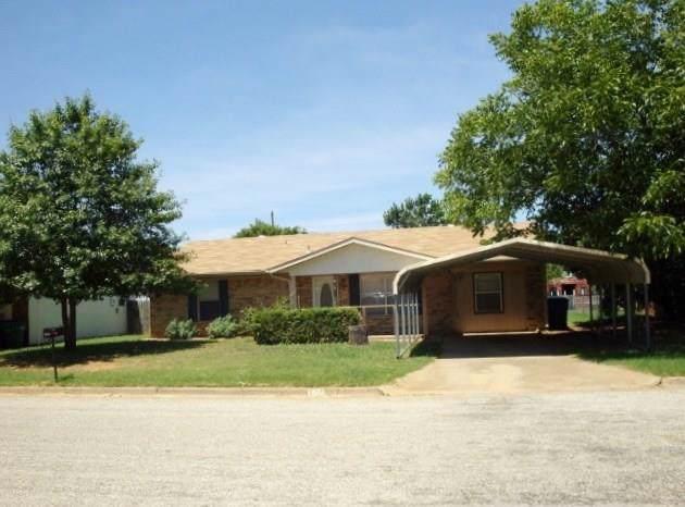 1920 Allison Street, Graham, TX 76450 (MLS #14162987) :: Team Tiller