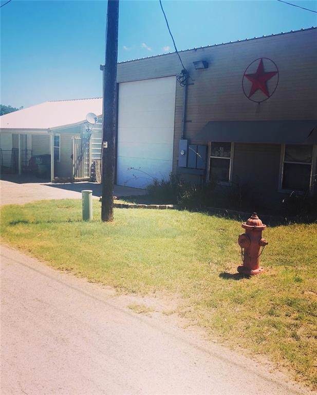 103 N Oaklawn Avenue, Eastland, TX 76448 (MLS #14164409) :: The Tierny Jordan Network