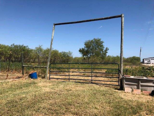 616 County Road 903, Cleburne, TX 76033 (MLS #14164800) :: The Good Home Team
