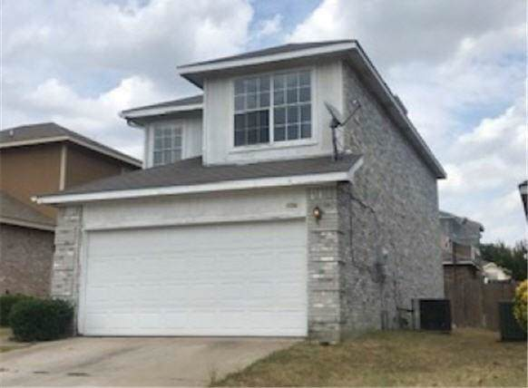 1134 Lombard Lane, Duncanville, TX 75137 (MLS #14164951) :: Tenesha Lusk Realty Group