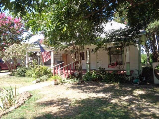 413 N Post Oak Street, Winnsboro, TX 75494 (MLS #14165447) :: Lynn Wilson with Keller Williams DFW/Southlake