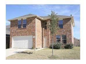 2700 Morning Song Drive, Little Elm, TX 75068 (MLS #14165451) :: Tenesha Lusk Realty Group