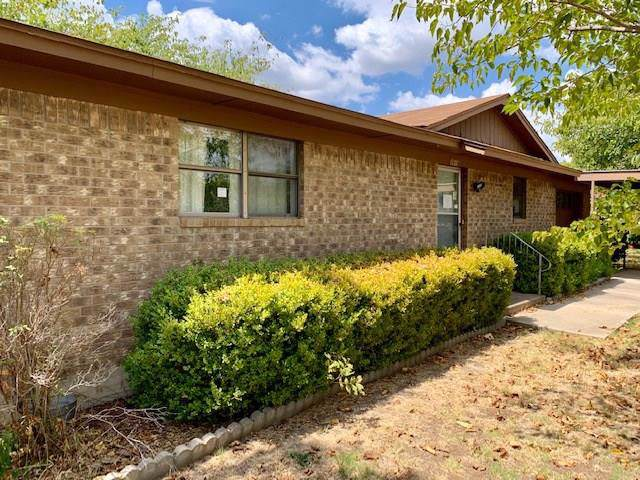 3919 Crestridge Drive, Brownwood, TX 76801 (MLS #14166325) :: RE/MAX Town & Country
