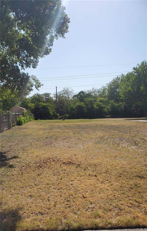 417 Meadow Park Drive, White Settlement, TX 76108 (MLS #14166740) :: The Chad Smith Team
