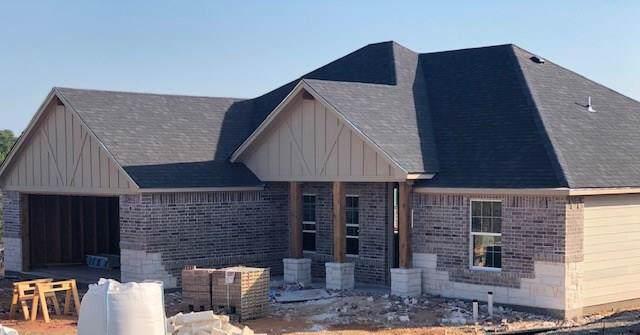 5507 Van Horn Drive, Granbury, TX 76048 (MLS #14166773) :: Kimberly Davis & Associates