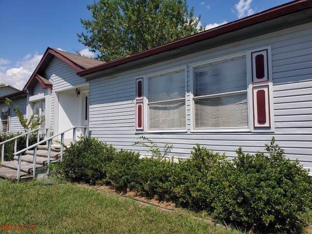 421 Oak Leaf Trail, East Tawakoni, TX 75472 (MLS #14166838) :: Vibrant Real Estate