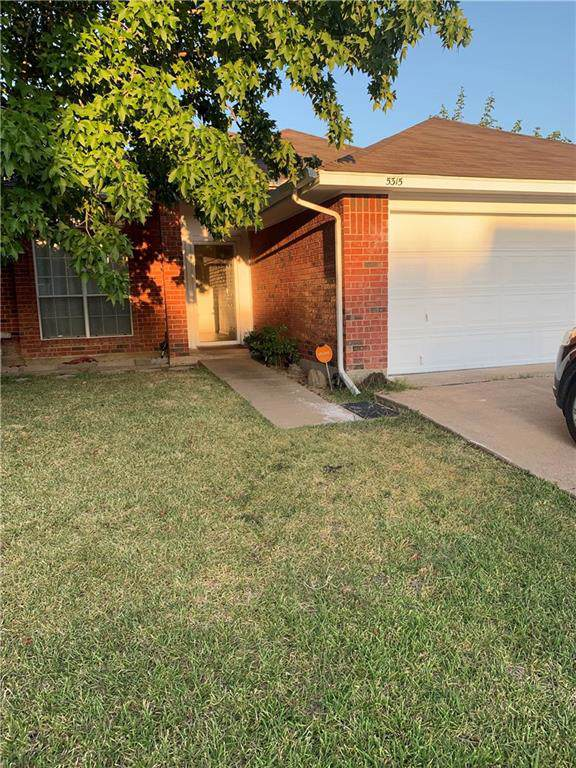 5315 Carpenter Drive, Arlington, TX 76017 (MLS #14167116) :: NewHomePrograms.com LLC