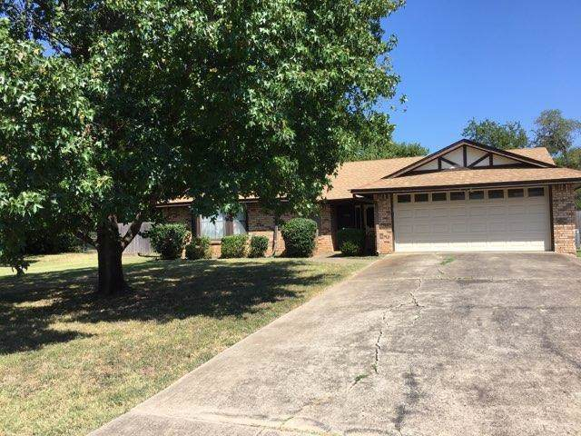 7045 Dover Lane, Richland Hills, TX 76118 (MLS #14167926) :: The Real Estate Station
