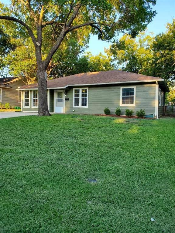517 Choctaw Trace, Grand Prairie, TX 75051 (MLS #14168074) :: Ann Carr Real Estate