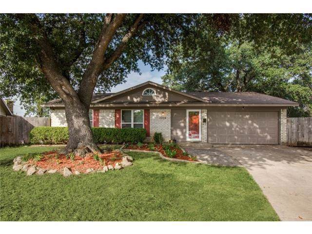 3304 Stonecrest Circle, Plano, TX 75074 (MLS #14168144) :: Tenesha Lusk Realty Group