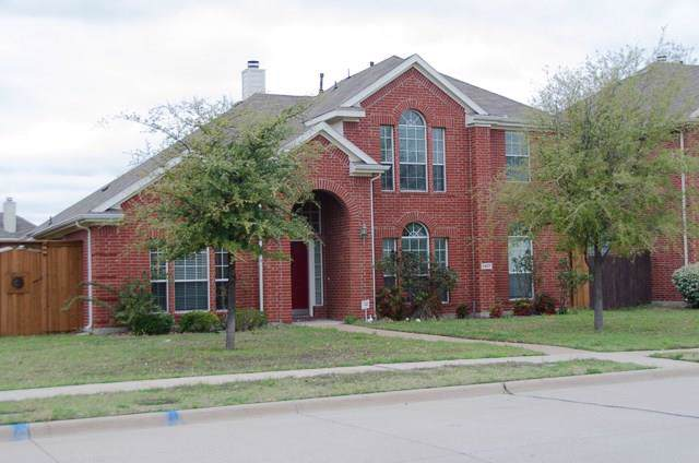 8407 Towne Bridge Drive, Frisco, TX 75035 (MLS #14168226) :: Tenesha Lusk Realty Group