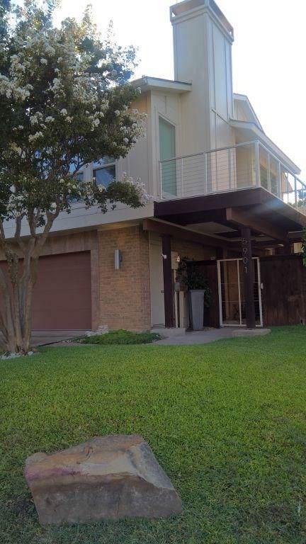 5901 Ranger Drive, Rockwall, TX 75032 (MLS #14168306) :: RE/MAX Landmark