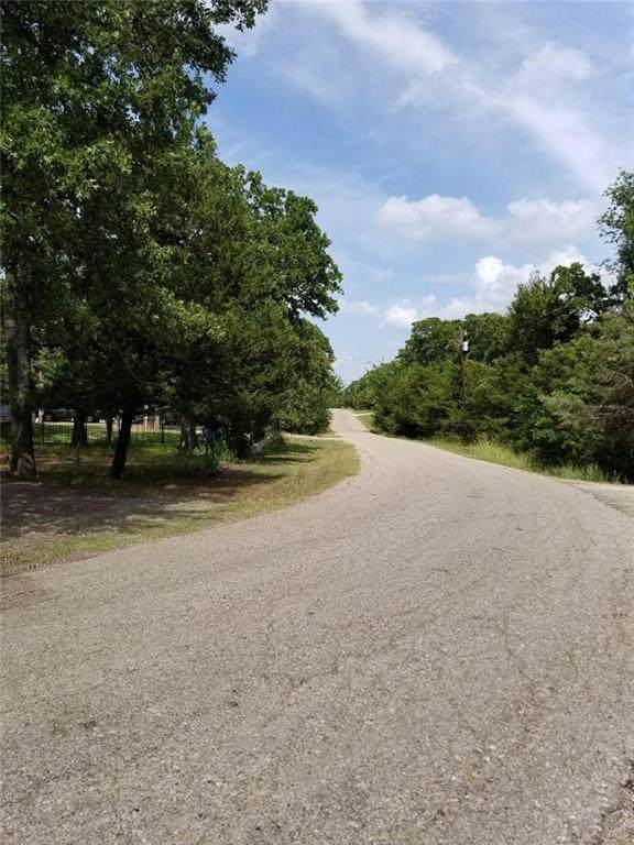 9529 Walnut Drive, Quinlan, TX 75474 (MLS #14169046) :: The Mitchell Group