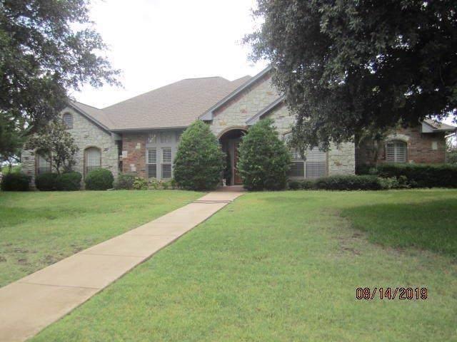 8620 Glen Eagles Drive, Ovilla, TX 75154 (MLS #14169713) :: Century 21 Judge Fite Company