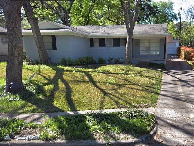 4817 Dove Creek Way, Dallas, TX 75232 (MLS #14173114) :: Kimberly Davis & Associates