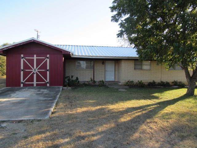 6909 Forbess Drive, Brownwood, TX 76801 (MLS #14174560) :: The Real Estate Station