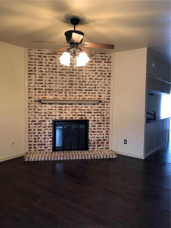 230 Samuel Boulevard #8, Coppell, TX 75019 (MLS #14175480) :: Hargrove Realty Group