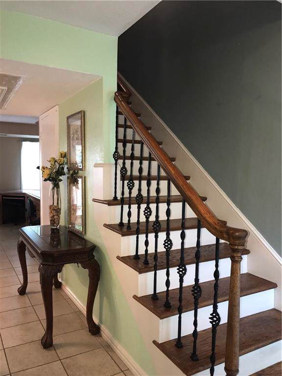 946 S Weatherred Drive, Richardson, TX 75080 (MLS #14175834) :: The Hornburg Real Estate Group
