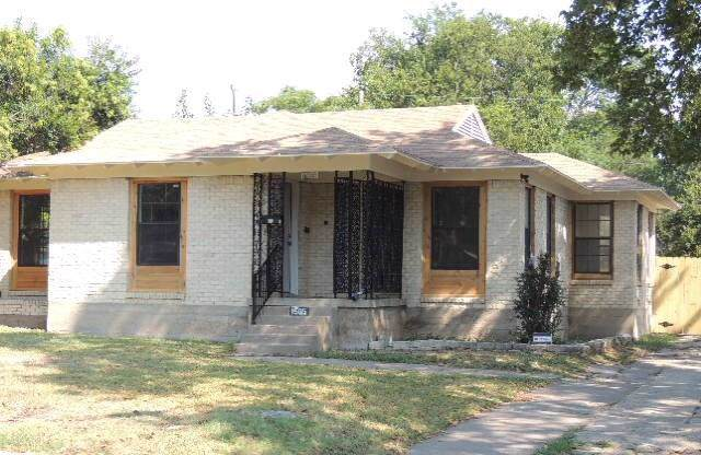 1565 Harbor Road, Dallas, TX 75216 (MLS #14178983) :: The Heyl Group at Keller Williams