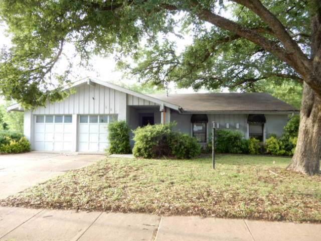 807 E Timberview Lane, Arlington, TX 76014 (MLS #14179231) :: RE/MAX Town & Country