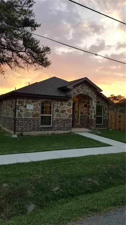 813 Merriot Street, Ennis, TX 75119 (MLS #14182872) :: The Heyl Group at Keller Williams