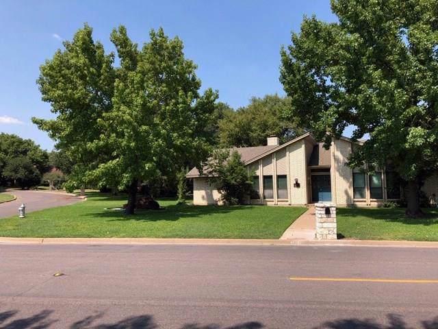 4212 French Lake Drive, Fort Worth, TX 76133 (MLS #14183797) :: Kimberly Davis & Associates