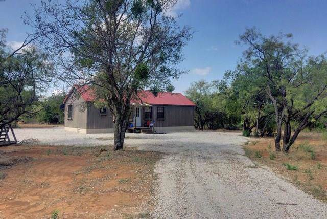 320 Komo Road, Graham, TX 76450 (MLS #14184466) :: NewHomePrograms.com LLC