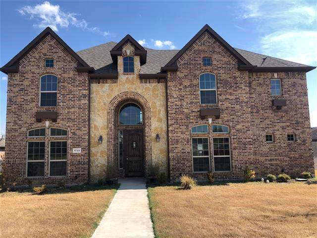 1733 Sagewood Drive, Desoto, TX 75115 (MLS #14186283) :: The Mitchell Group