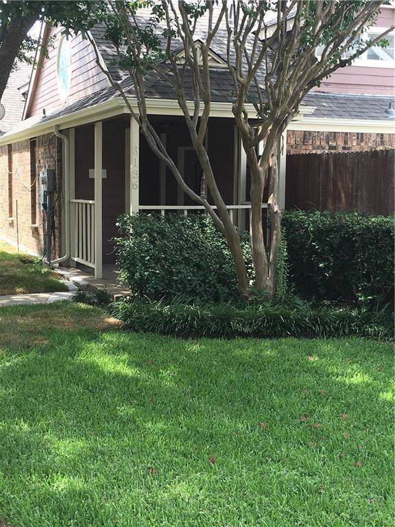 3136 Royal Gable Drive, Dallas, TX 75229 (MLS #14187025) :: Kimberly Davis & Associates