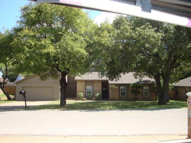 6505 Circo Drive, Granbury, TX 76049 (MLS #14187789) :: RE/MAX Town & Country