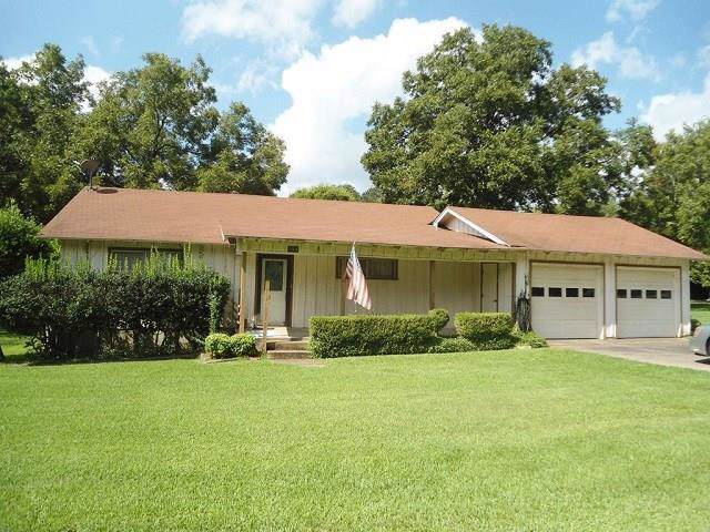 104 Carolyn, Tool, TX 75143 (MLS #14189128) :: The Heyl Group at Keller Williams