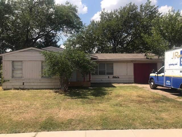 524 Alice Street, Arlington, TX 76010 (MLS #14189758) :: Century 21 Judge Fite Company