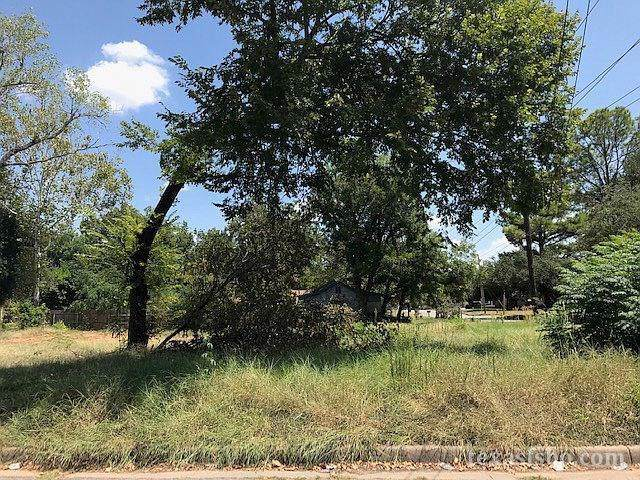300 Byron Street, Fort Worth, TX 76114 (MLS #14191361) :: The Kimberly Davis Group