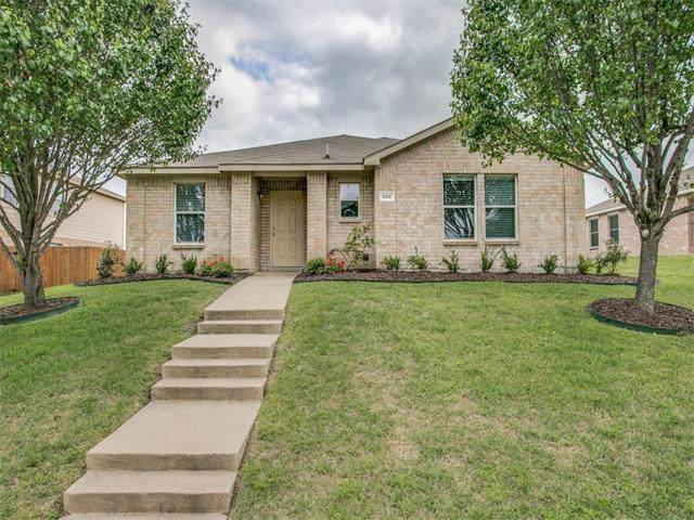 608 Candellia Drive, Desoto, TX 75115 (MLS #14193065) :: Lynn Wilson with Keller Williams DFW/Southlake