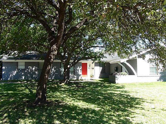 3411 Goldendale Drive, Farmers Branch, TX 75234 (MLS #14194678) :: RE/MAX Town & Country