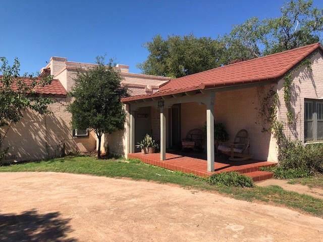 501 N Mckinley Avenue, Rotan, TX 79546 (MLS #14196194) :: Dwell Residential Realty