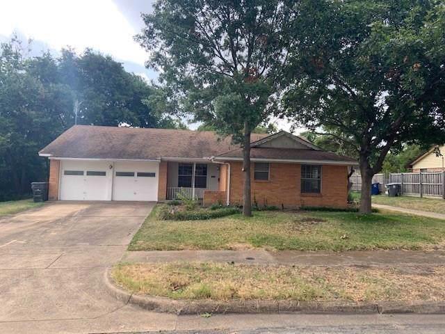 11133 Paddock Circle, Dallas, TX 75238 (MLS #14196495) :: RE/MAX Town & Country