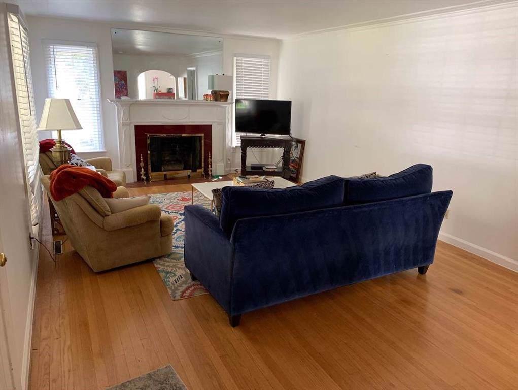 2570 Highview Terrace - Photo 1