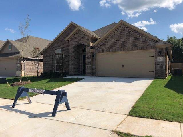 1818 Vallana Drive, Gainesville, TX 76240 (MLS #14199675) :: Lynn Wilson with Keller Williams DFW/Southlake