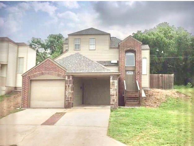 1505 Park Place, Sherman, TX 75092 (MLS #14199702) :: Lynn Wilson with Keller Williams DFW/Southlake