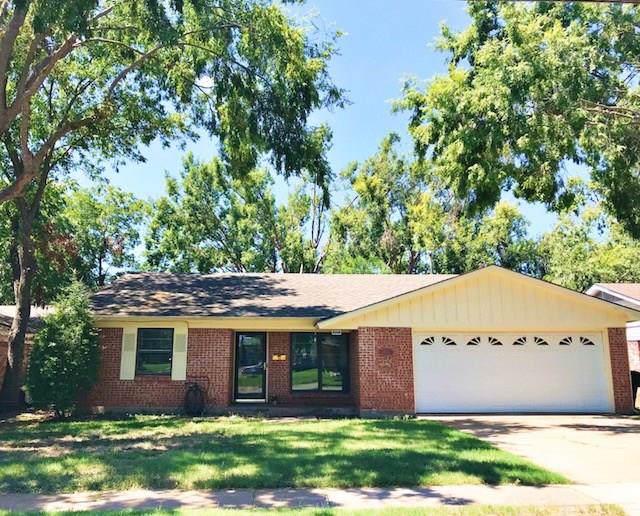 2404 N Woods Street, Sherman, TX 75092 (MLS #14200039) :: Lynn Wilson with Keller Williams DFW/Southlake