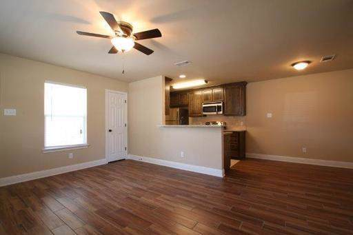 8112 Tanner Avenue, Fort Worth, TX 76116 (MLS #14200513) :: Tenesha Lusk Realty Group