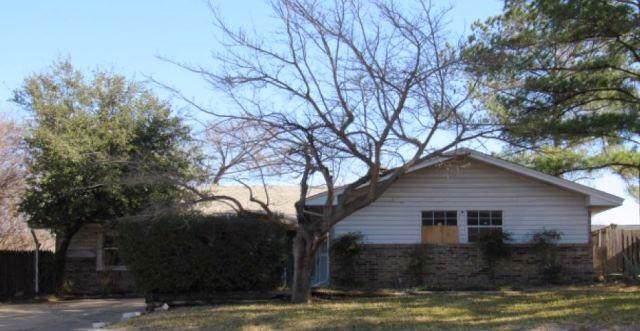 1515 Cecil Court, Carrollton, TX 75006 (MLS #14202820) :: The Good Home Team